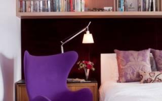 Дизайн спальни с полками