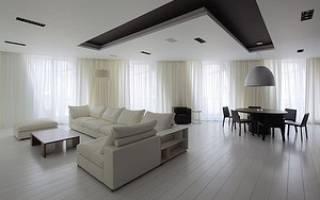 Интерьер гостиной с низким потолком
