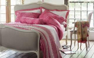 Дизайн спальни в ярких тонах