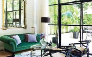 Изумрудный цвет дивана в интерьере