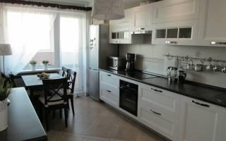 Интерьер черно белой кухни шторы