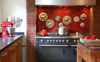 Интерьер кухни с фартуком