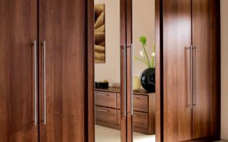 Зеркальные шкафы купе в интерьере