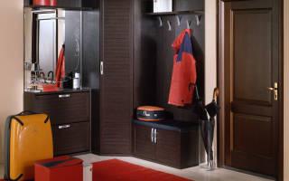 Дизайн углового шкафа в маленькую прихожую
