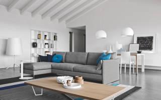 Интерьер гостиной со светлой мебелью