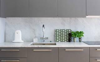 Интерьер кухни под мрамор