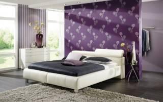 Дизайн спальни обоями двух видов