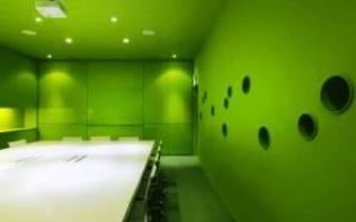 Зеленый пол в интерьере